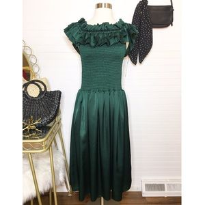 NEW Gianni Bini Ruffle Everest Green Midi Dress